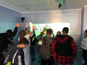 Ci divertiamo in realtà virtuale